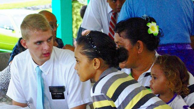 Elder Johansen meets and interprets for family