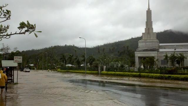 Temple Cyclone Evan 2012