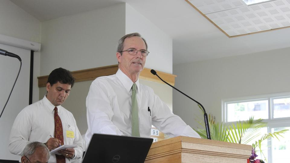 Elder Tad R. Callister speaks to Latter-day Saints in French Polynesia, February 2014.