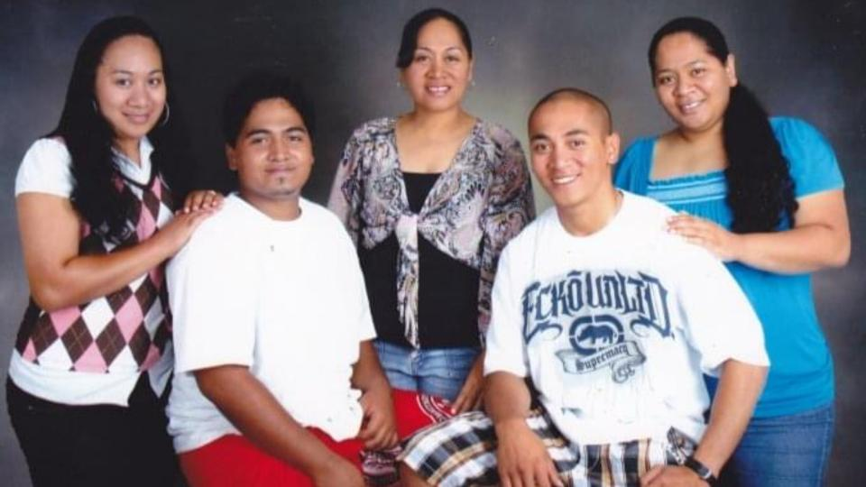 XXX-Aeolua-and-her-family-in-American-Samoa.-March-2021